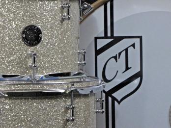 Close Up Tom Hoop Inlays